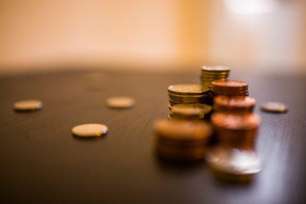 Pieniądze szczęścia nie dają? Psychologowie mają inne zdanie